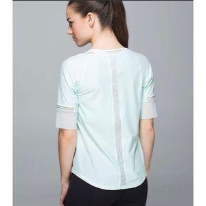 LULULEMON | Var-City 1/2 Sleeve Mesh Shirt